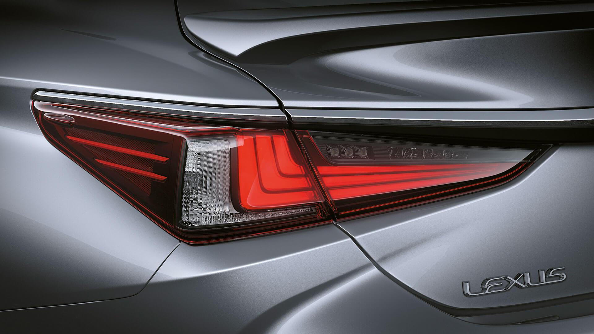 2019 lexus es 250 experience feature rear led lights