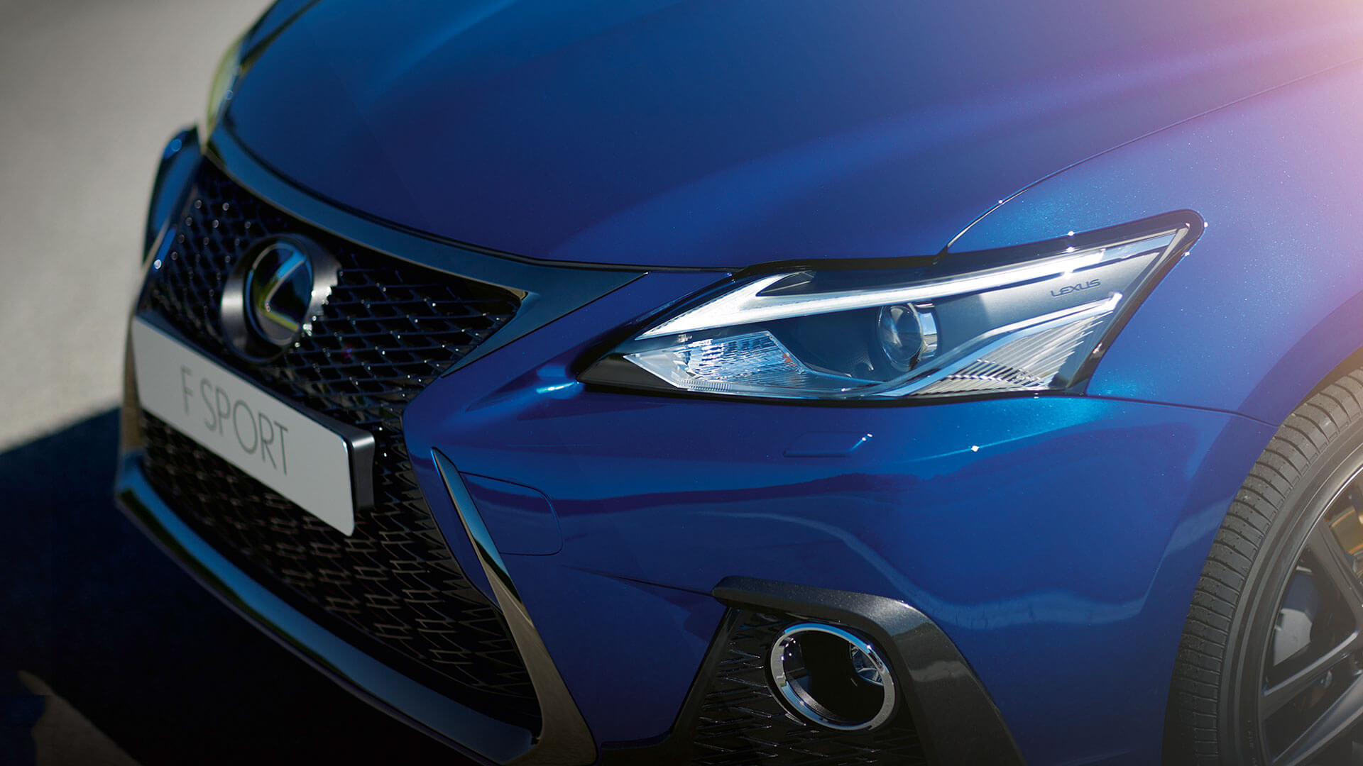 2018 lexus ct 200h my18 gallery 014 exterior