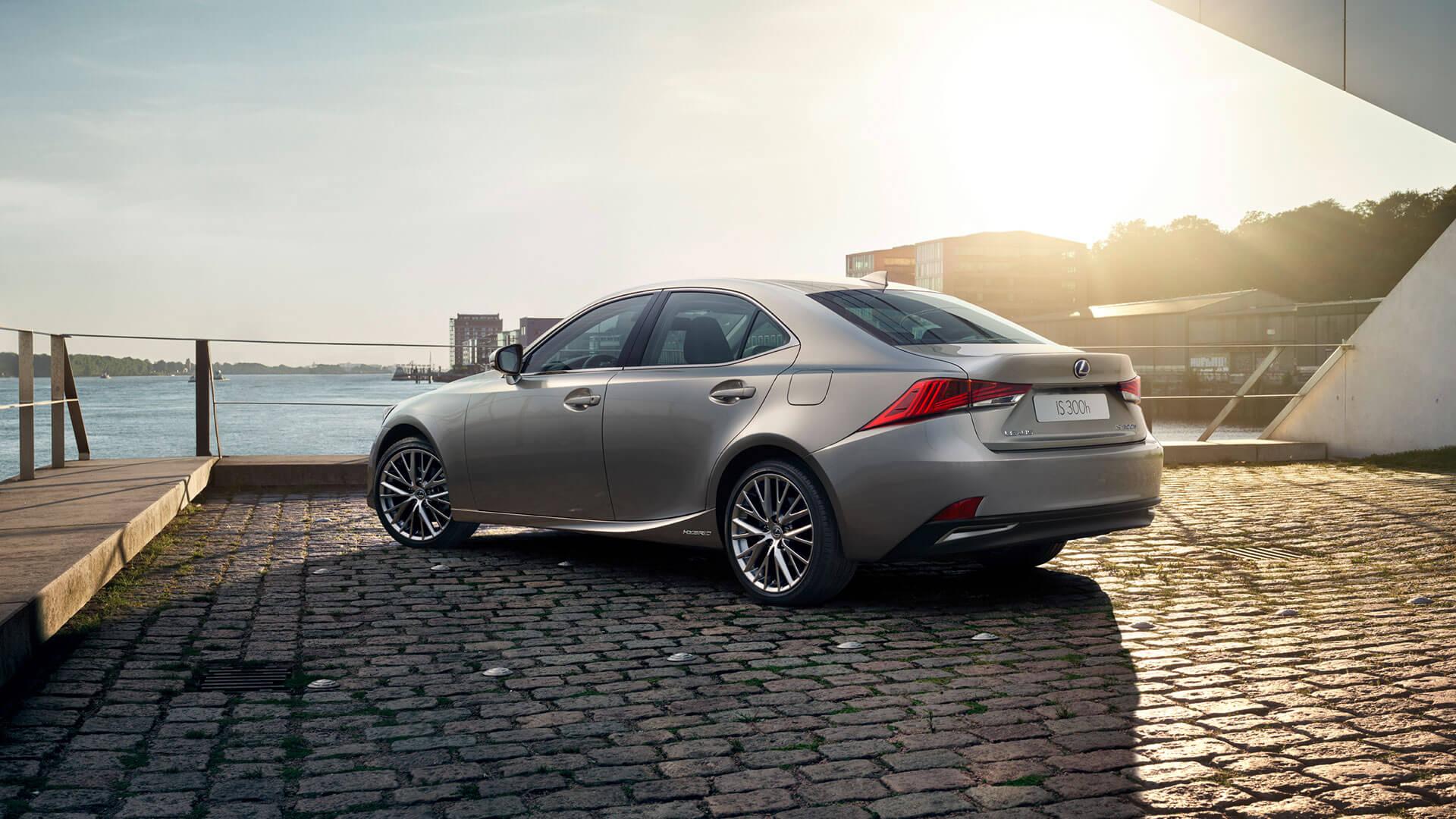 Lexus IS Seitenansicht