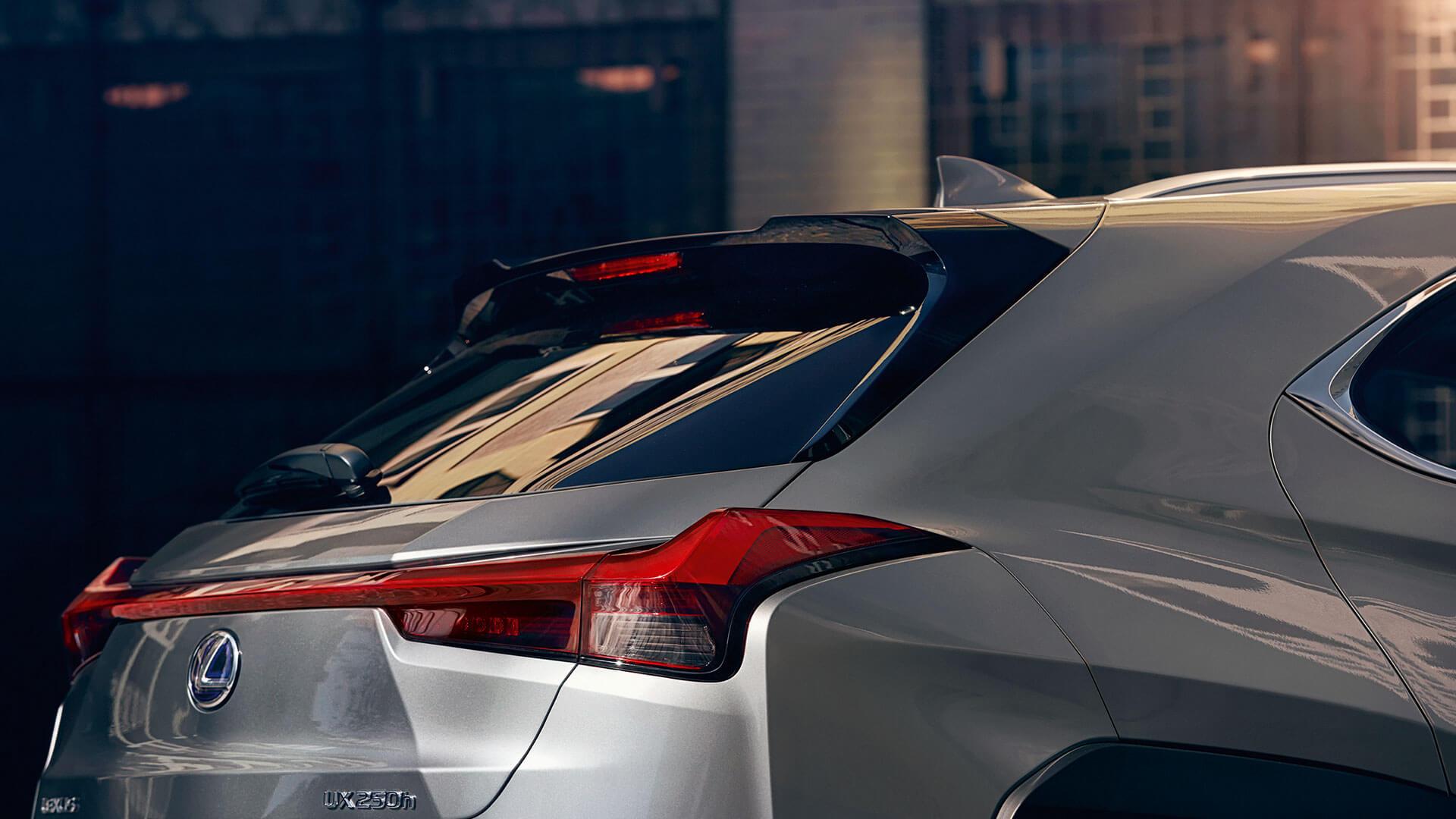 Lexus UX Rücklichter von der Seite