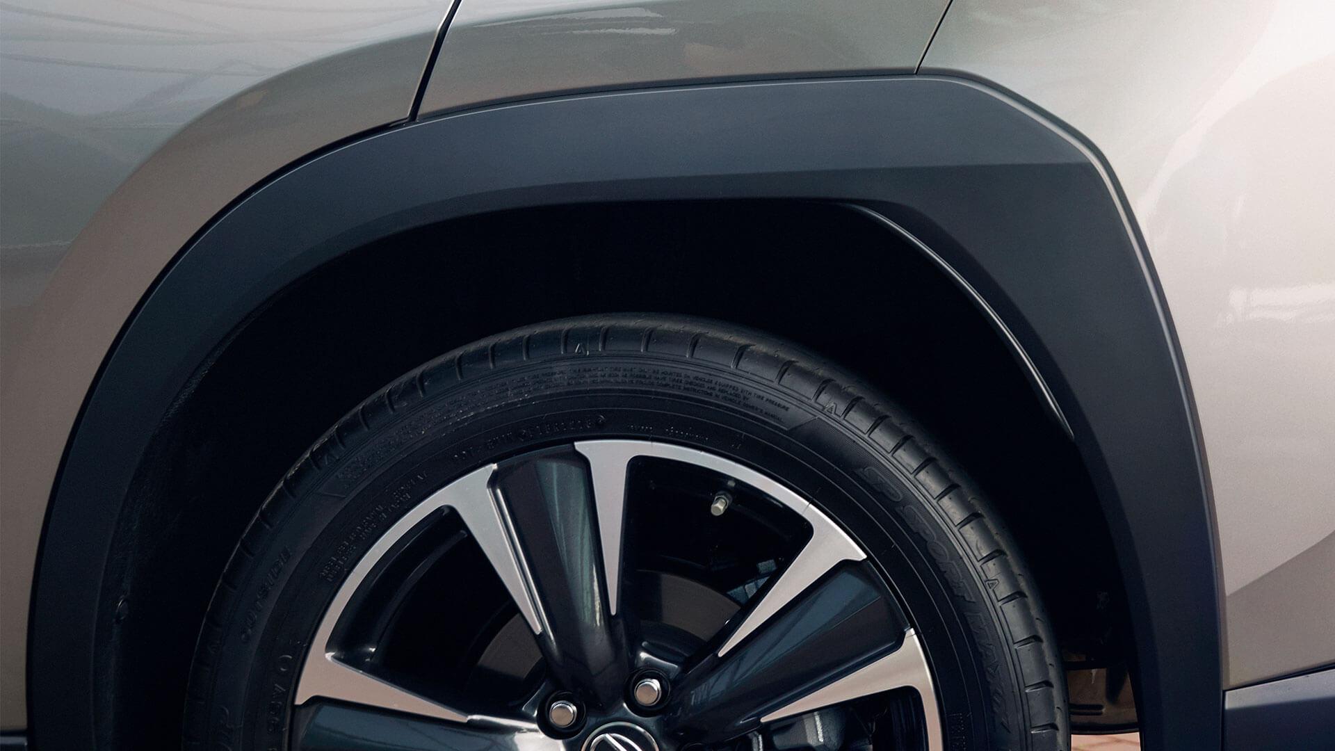 Lexus UX Rad Detail