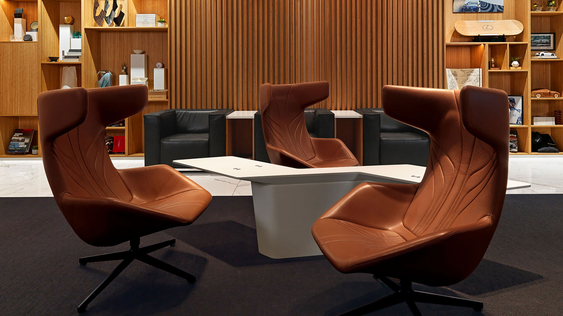Moroso Stühle im Loft by Lexus