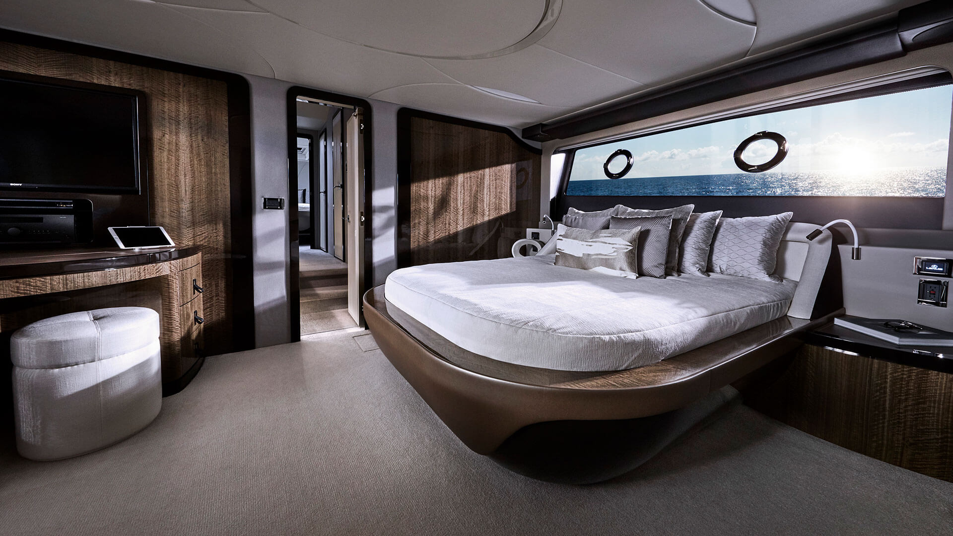 2020 lexus yacht ly 650 premiere gallery 05