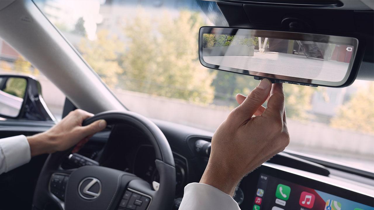 2020 lexus ls experience digital rear view mirror