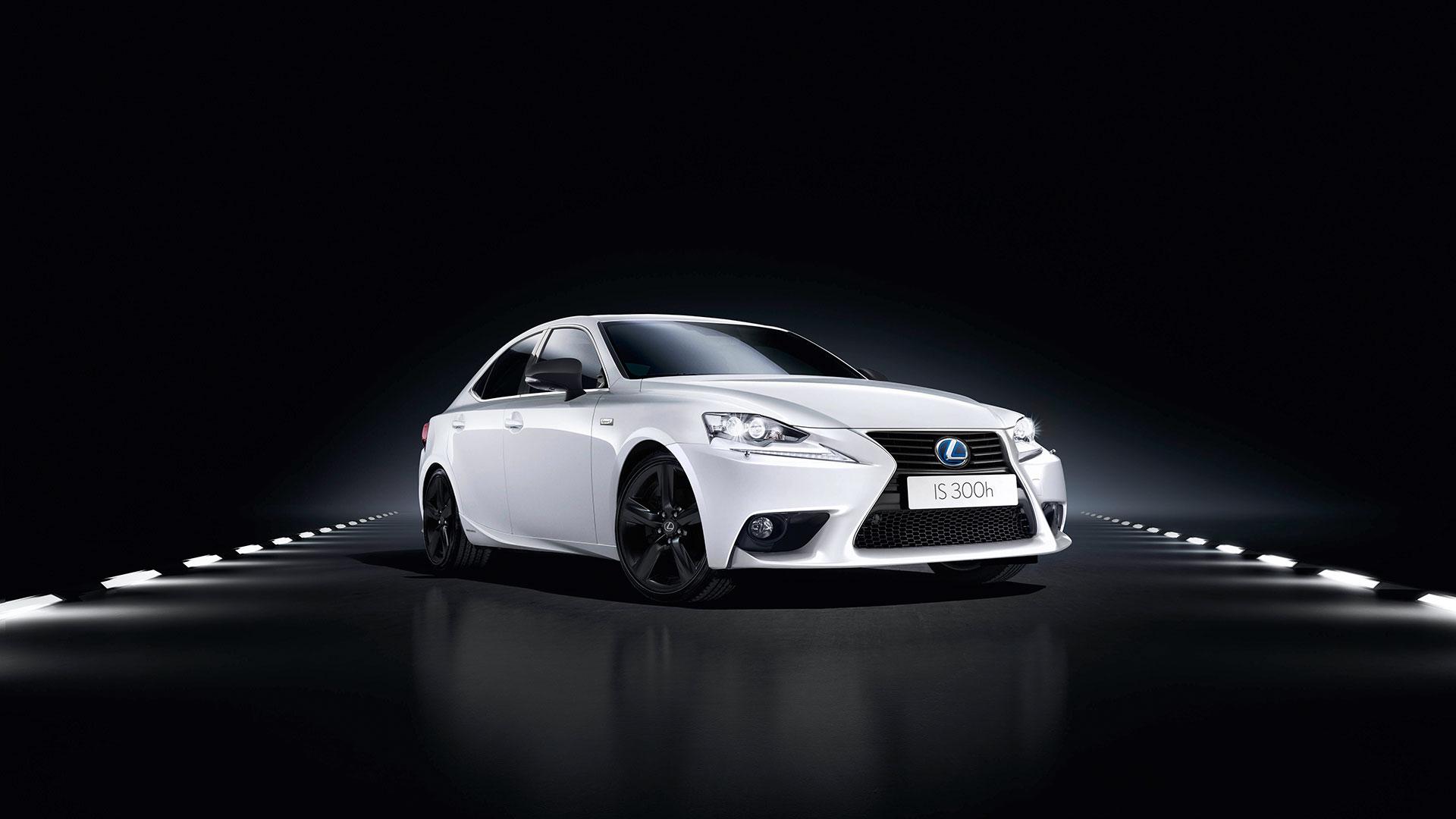 Conozca el nuevo Lexus IS 300h hero asset