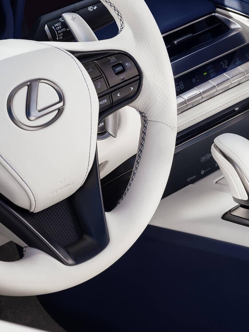 lc 500 coupe interior