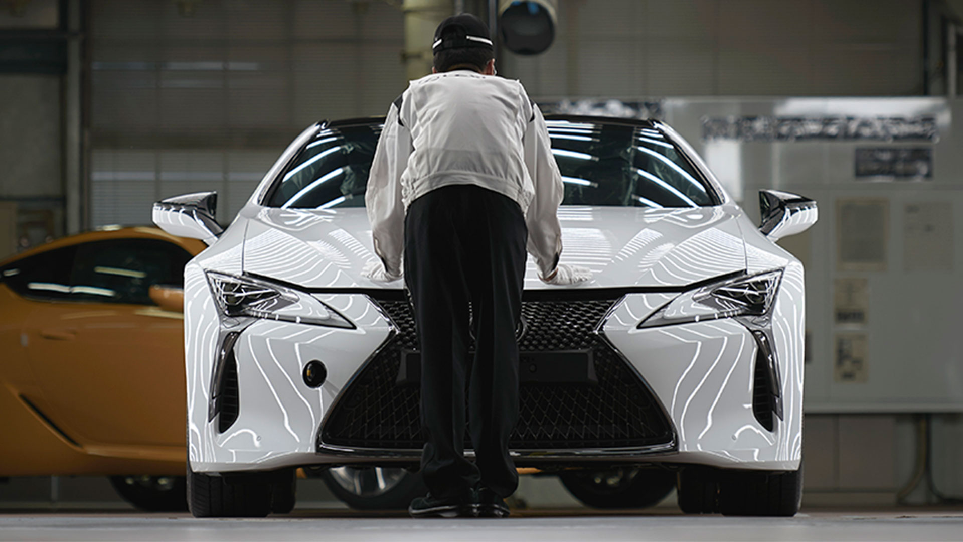 Lexus produccion hero asset