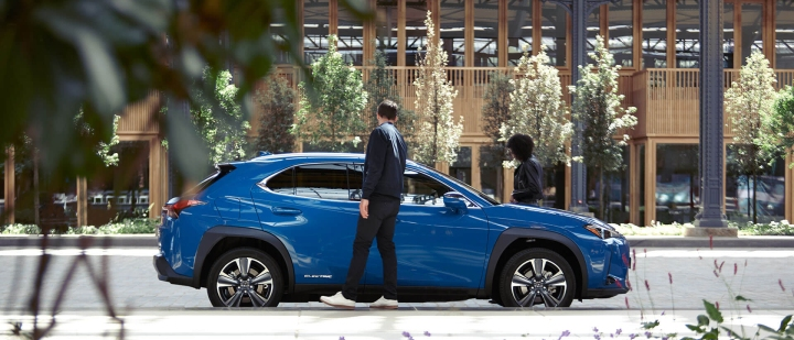 2021 lexus ux 300e promotions offer