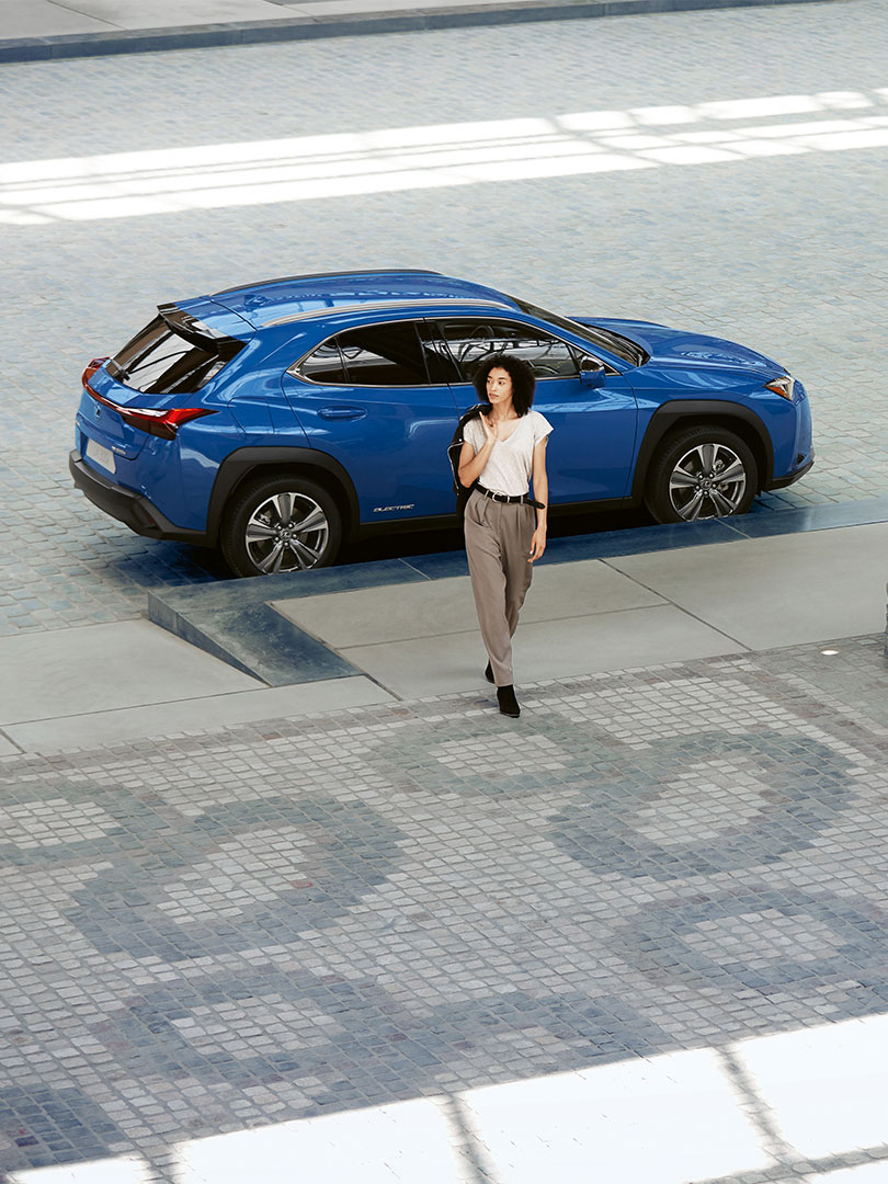 2021 lexus owners ux 300e cost of ownership care level 2