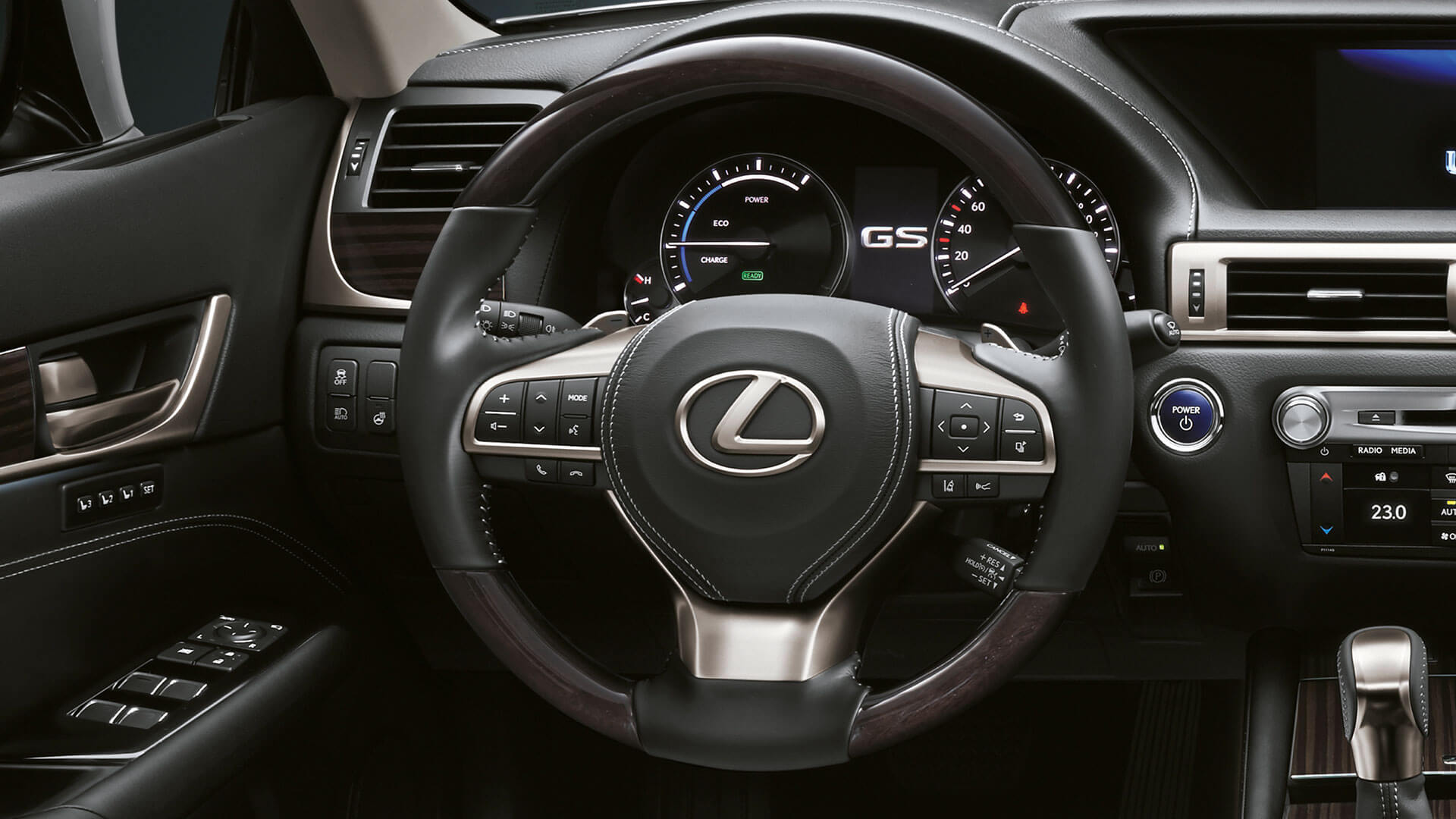 2018 lexus gs features leather steering wheel