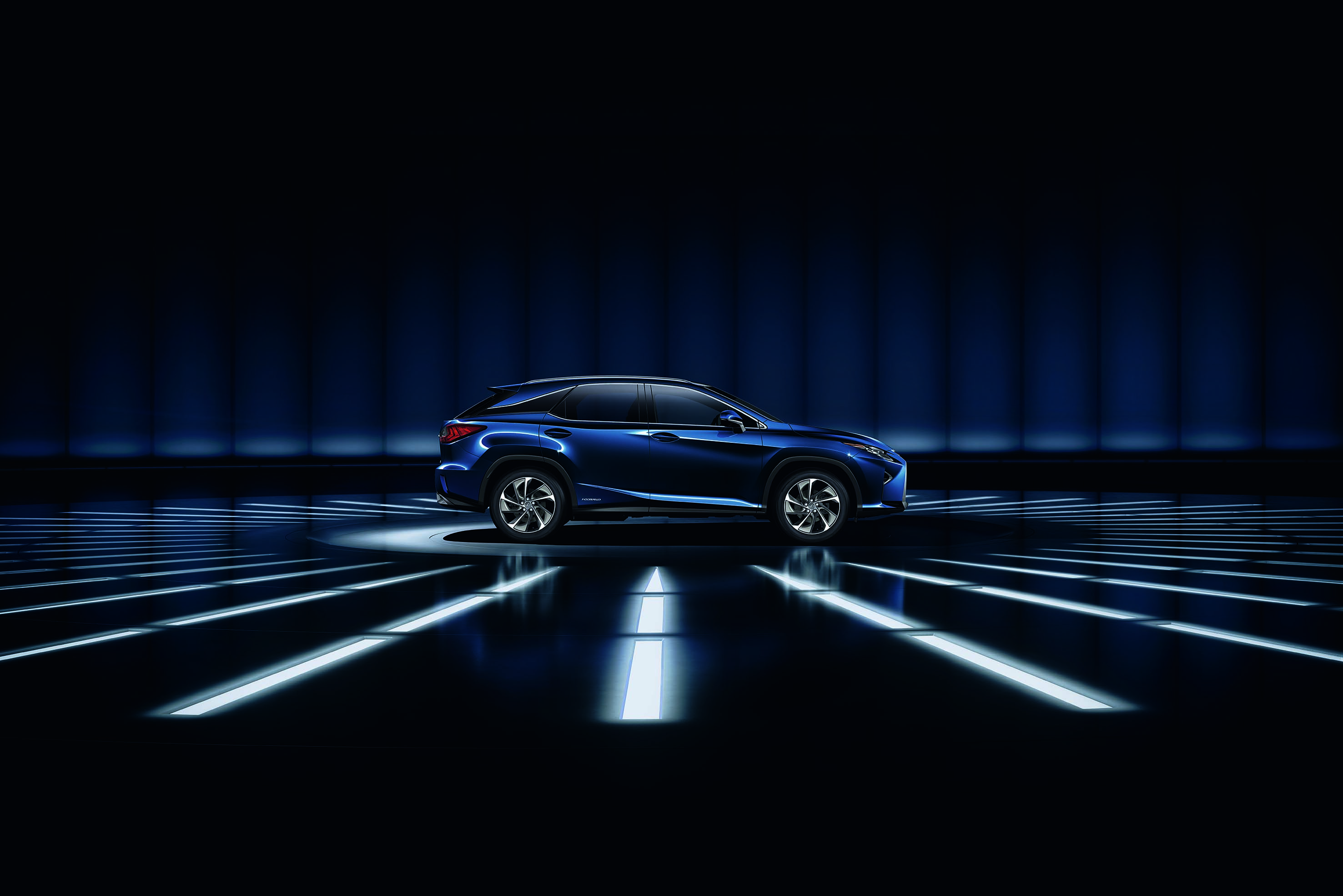 Parallax Image 1 New Lexus Car