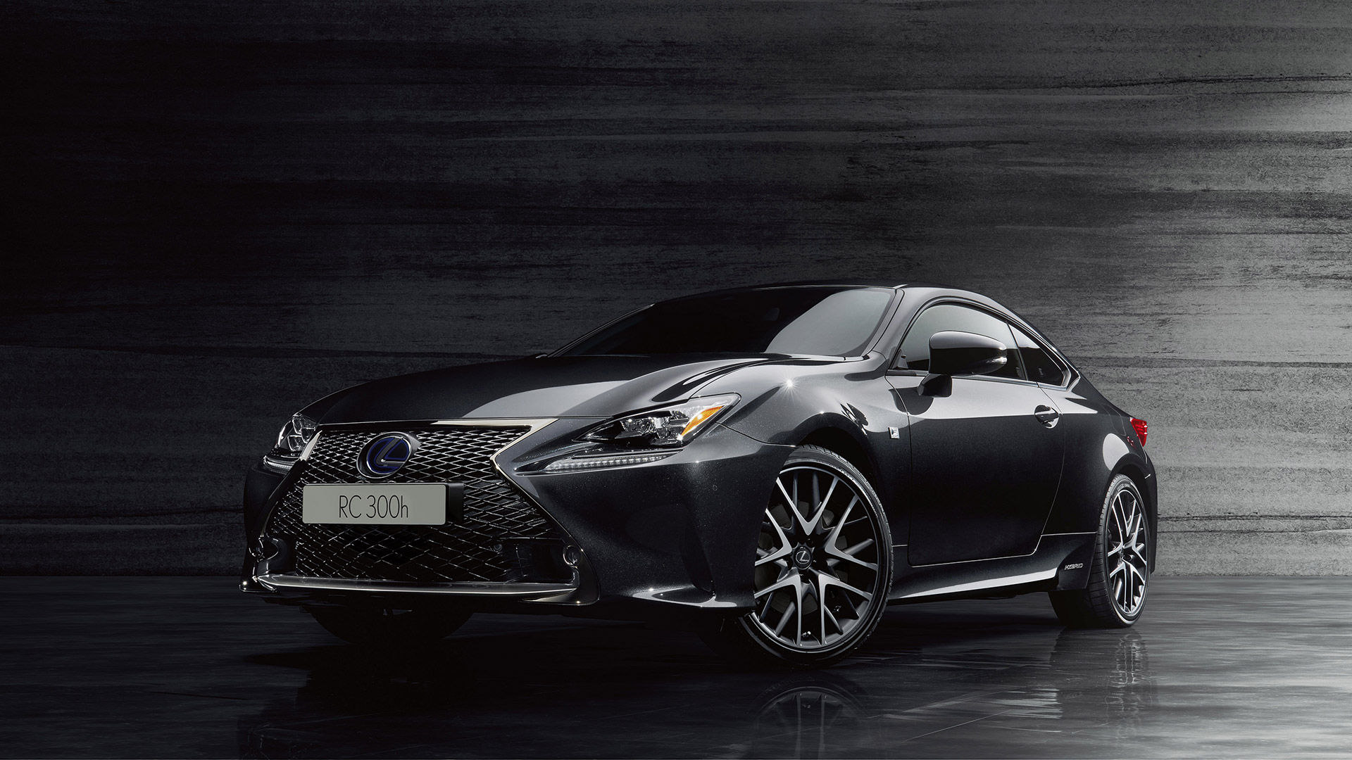 RC F Sport Black Edition gallery 001