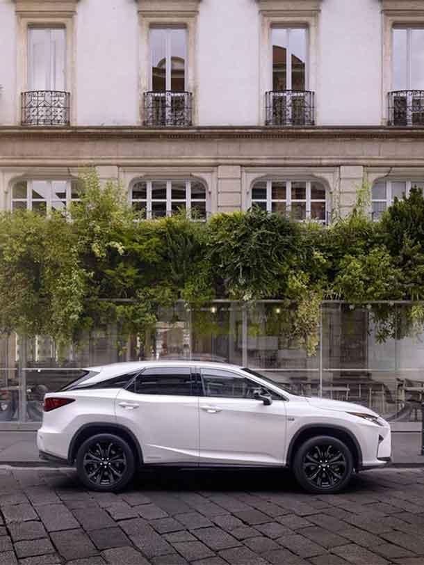 2019 020 Lexus RX pionier portrait
