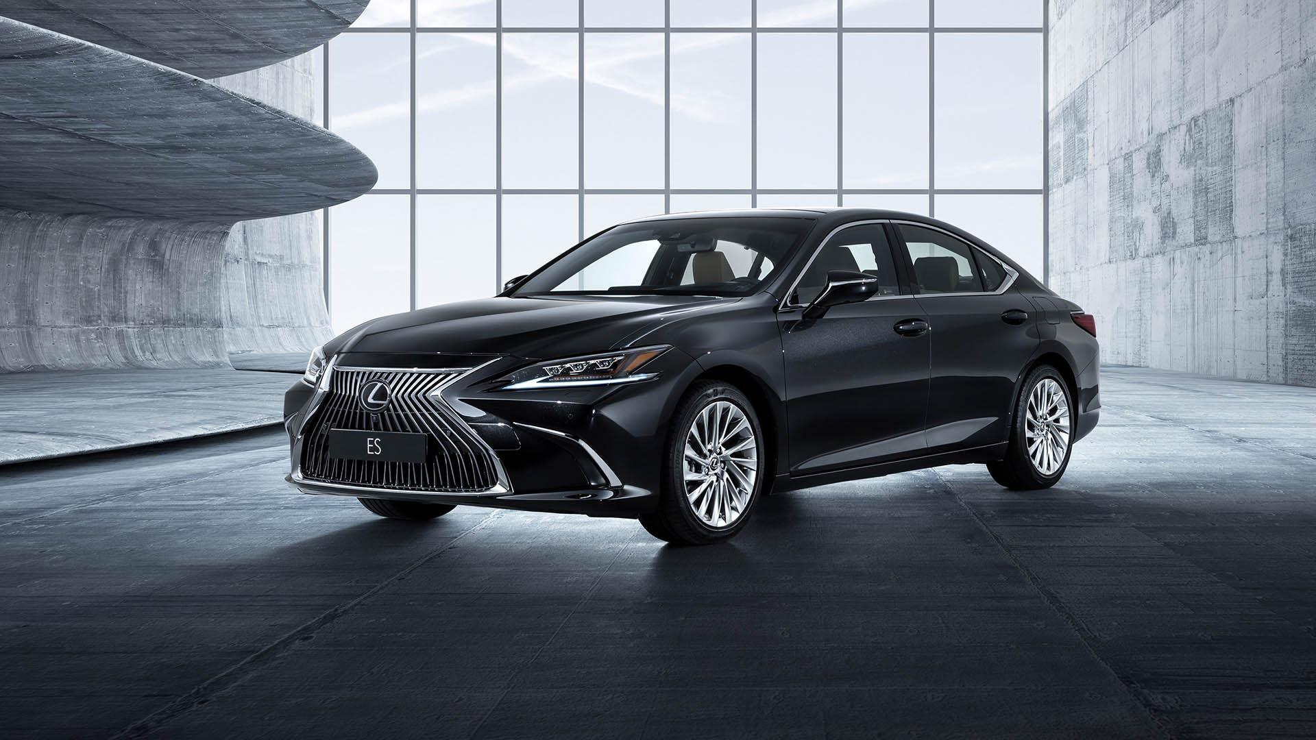 De nieuwe Lexus ES dynamisch en verfijnd hero