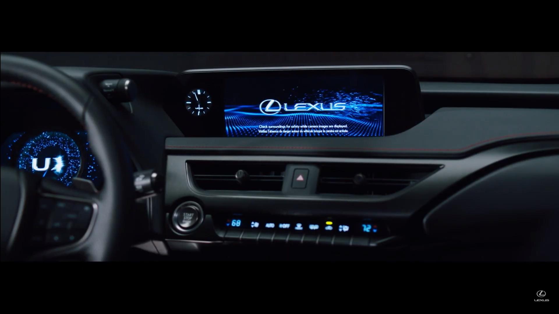 UX 6 Wnętrze wideo image