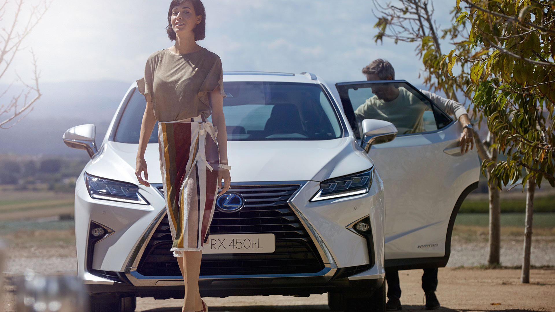 2018 lexus rx l 450h row gallery lifestyle 005