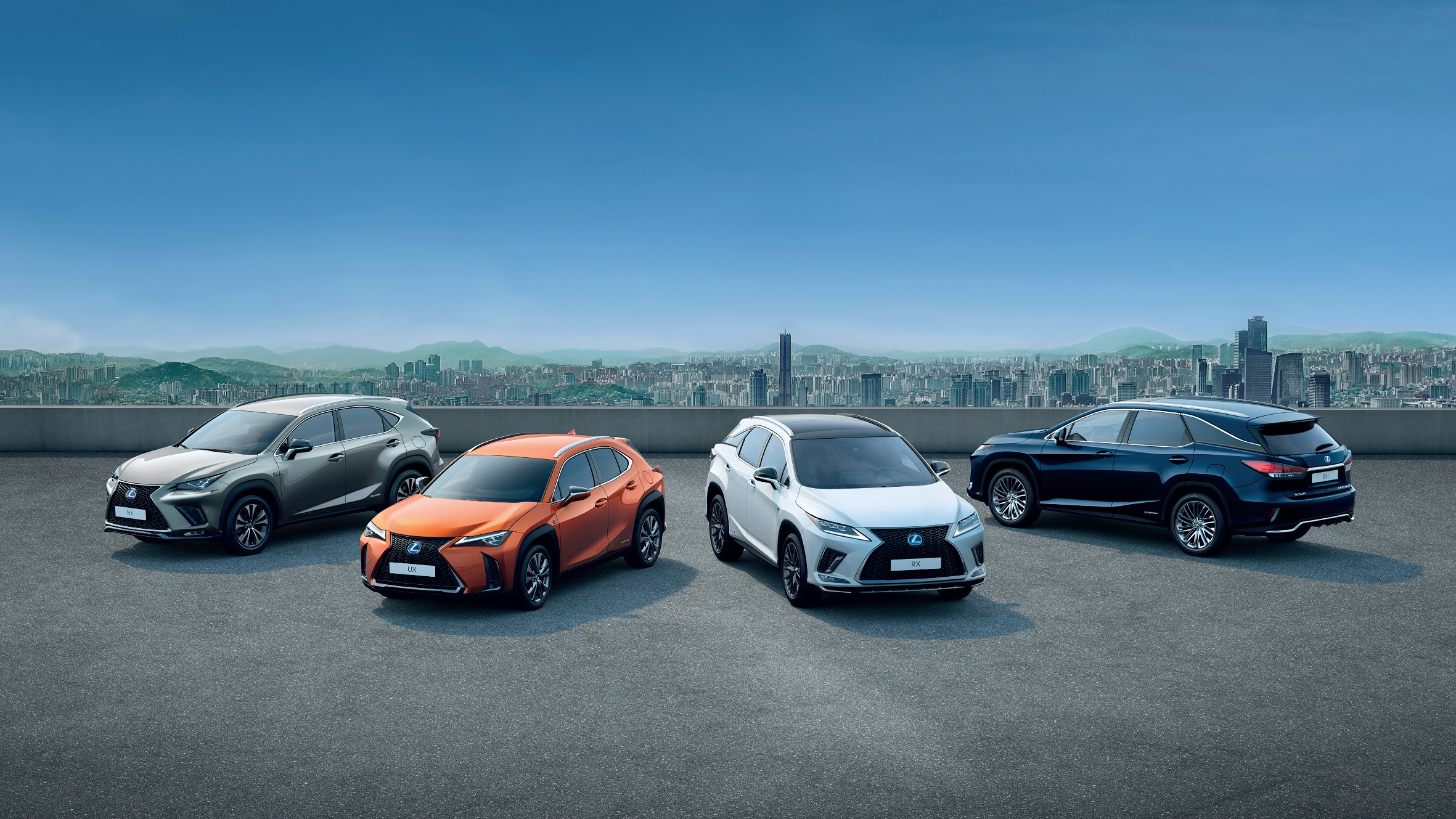 Lexus celebra meio milhao de suv vendidos na Europa