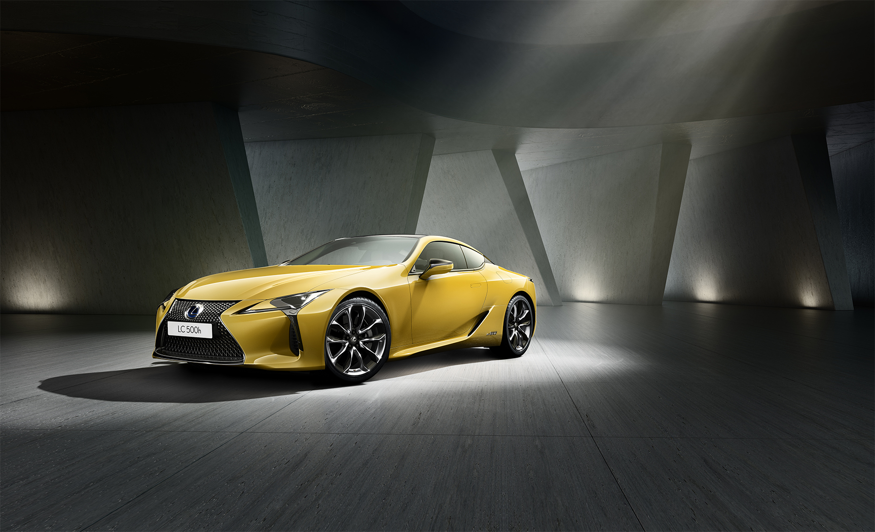 Salao Paris 2018 Lexus estreia novo LC Yellow Edition