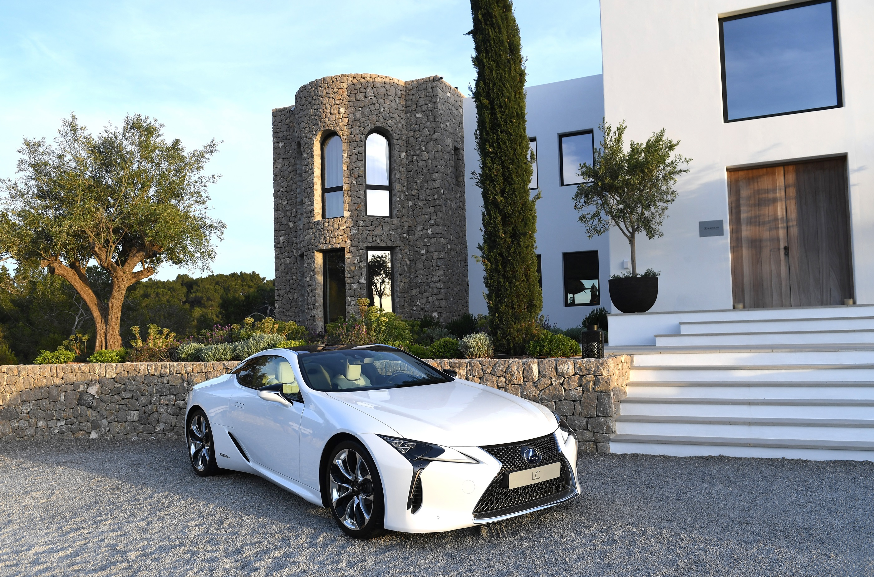 Lexus regressa as passerelles
