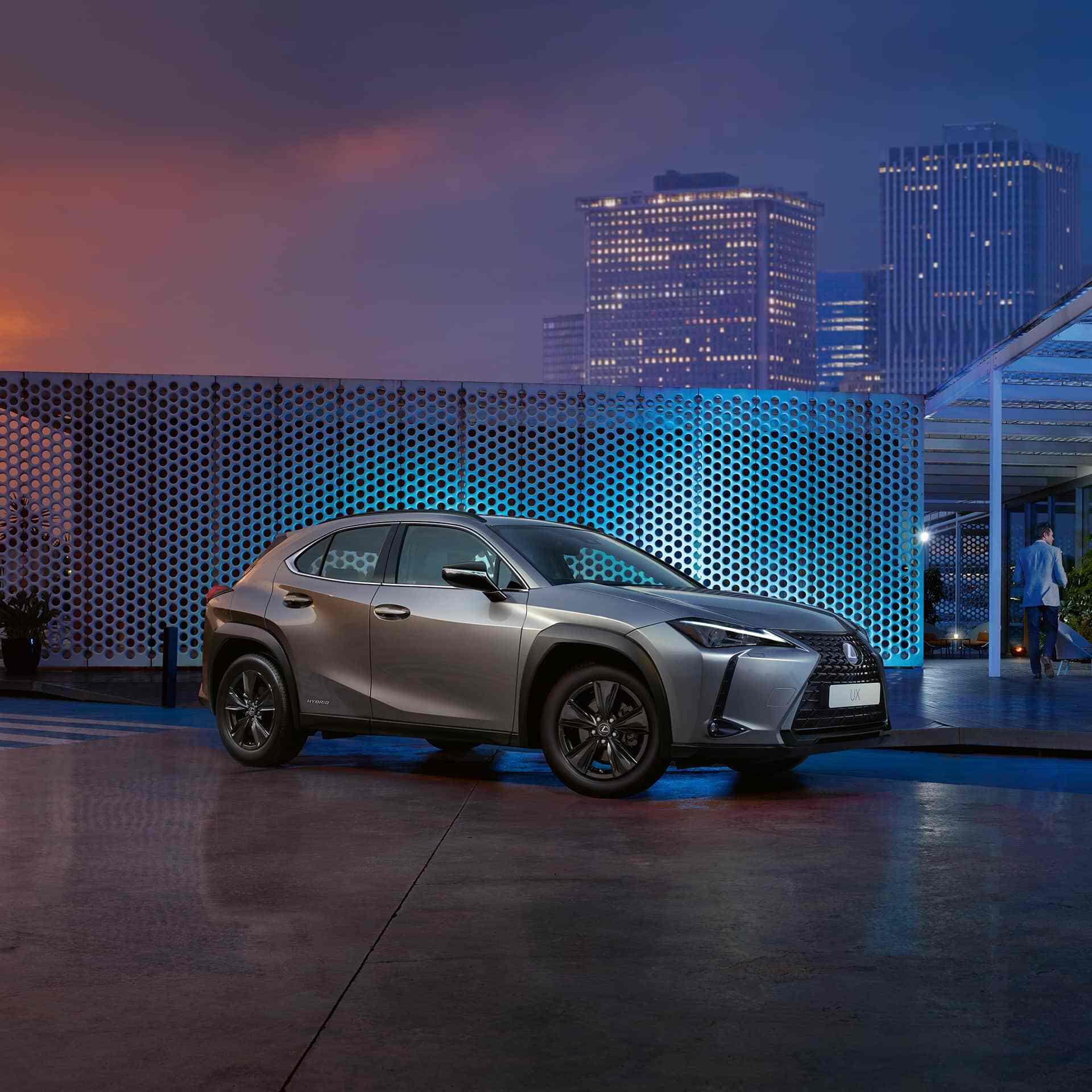 Vit Lexus UX 250h F SPORT 2019