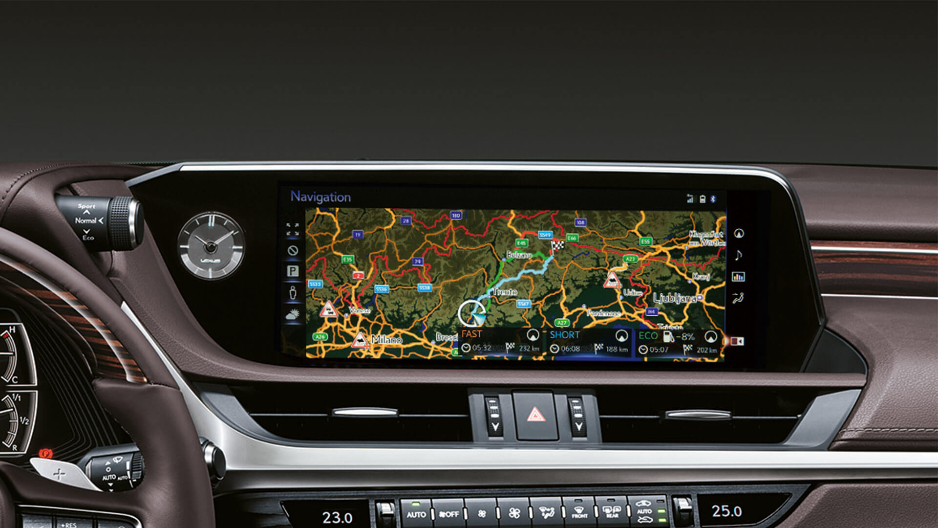 2019 lexus es hybrid experience feature multimedia display