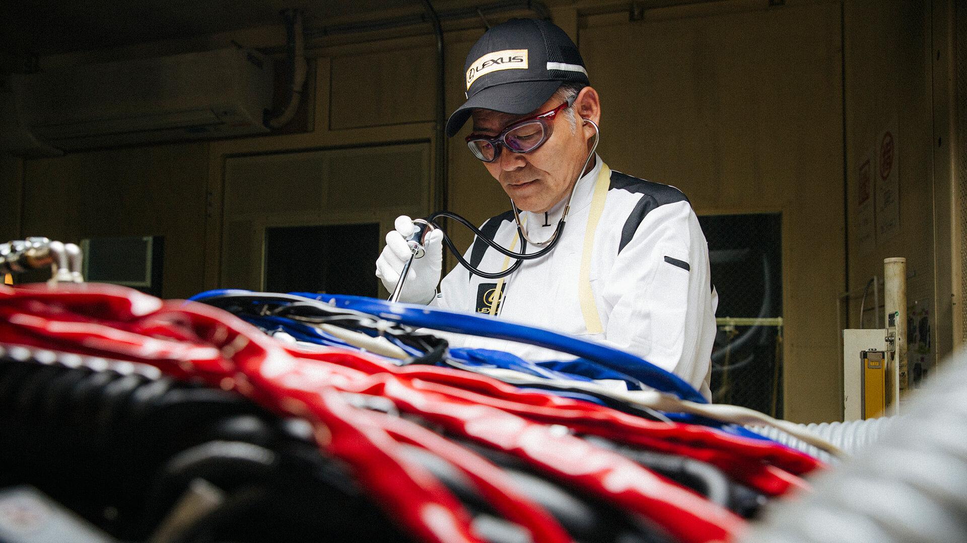 Lexus otomobillerini sanat eserine dönüştüren Takumi Ustaları Belgesel Oldu 01 Image