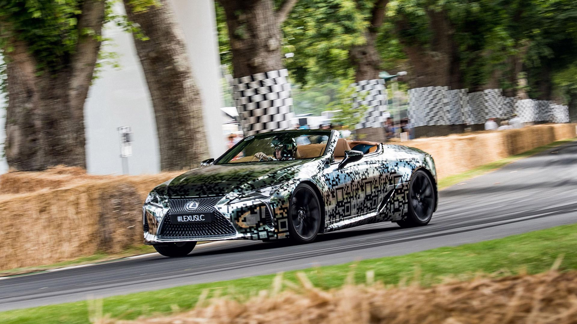 Lexus LC Convertible gallery03 v2
