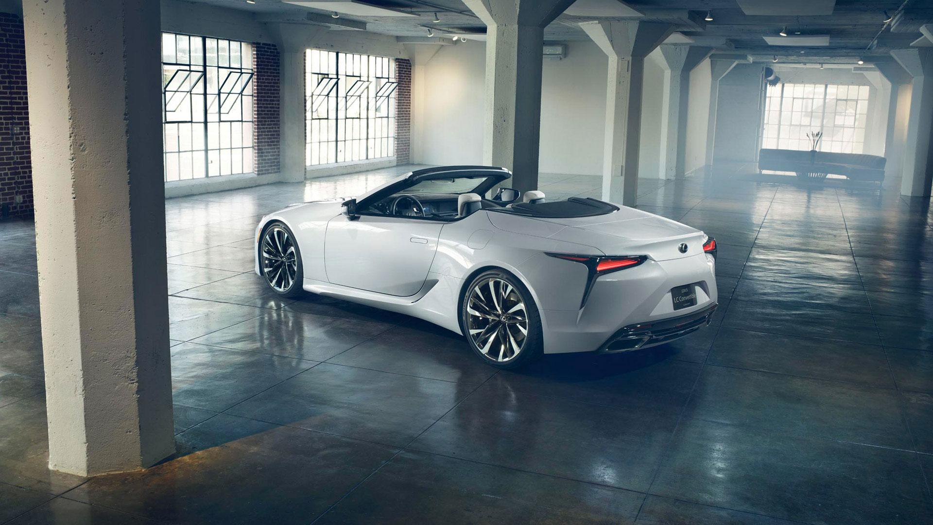 Lexus LC convertible Concept gallery02 1920x1080 v2